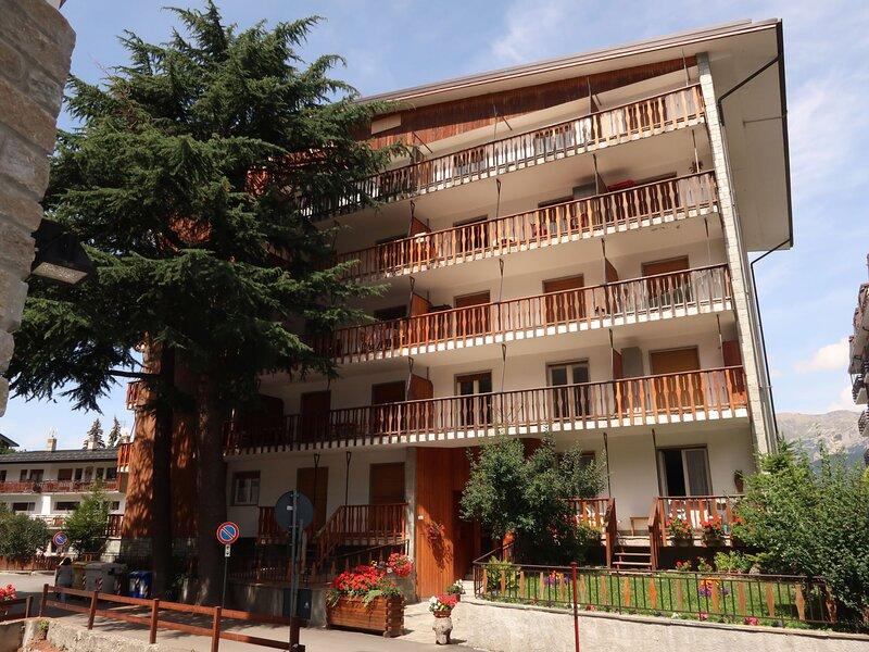 Casa Ginevra (OUX100), vacation rental in Pragelato