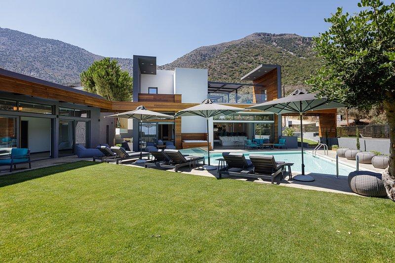 Vista Paraiso Luxury House, vacation rental in Milopotamos