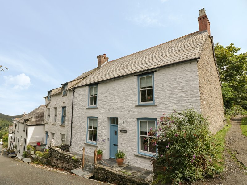 Fairfield Cottage (COO from 959695), Boscastle, holiday rental in Boscastle