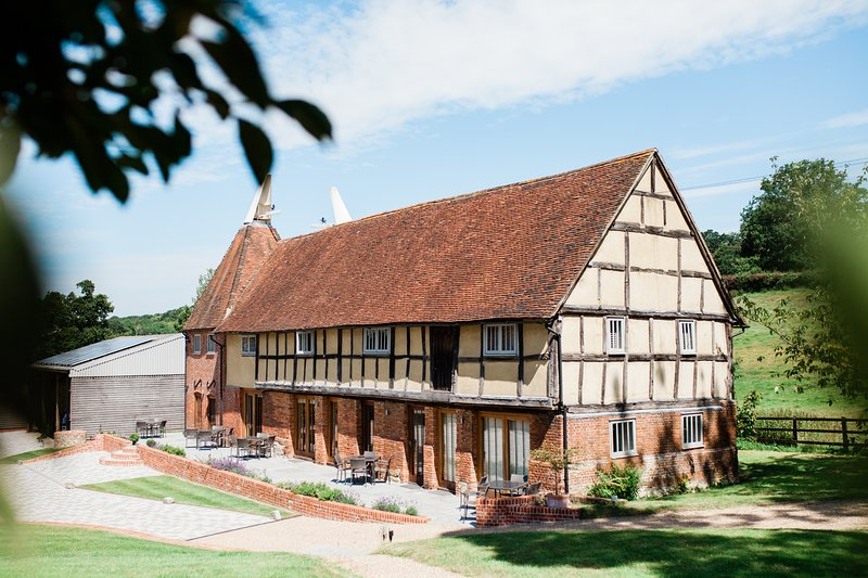 3 Weaver's Cottage - email for a discount on 3 - 6 night stays, vacation rental in Rolvenden