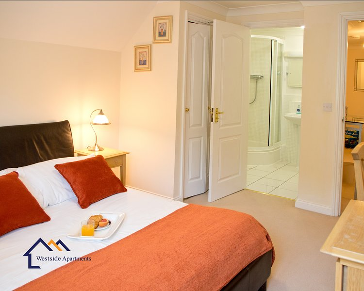 Bounty Suite- So much more than a hotel, holiday rental in Preston Candover