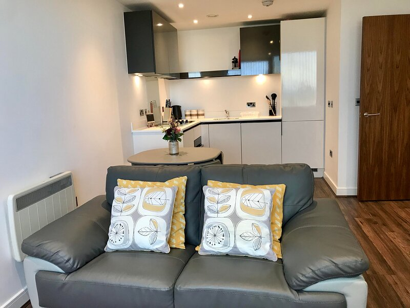 Central 1 Bedroom Apartment, holiday rental in Preston Candover