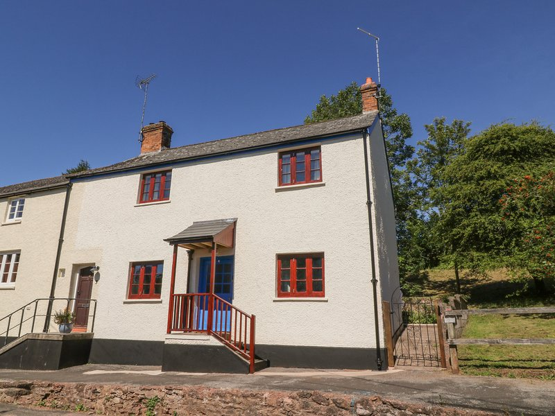 4 Victoria Terrace, Bishop's Lydeard, holiday rental in Cotford St Luke