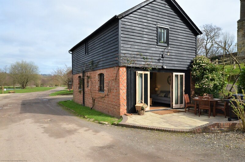 The Coach House, vacation rental in East Grinstead
