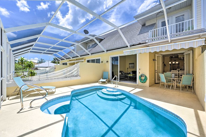 Cape Coral Escape w/ Screened Pool, Near Beaches!, alquiler de vacaciones en Cape Coral