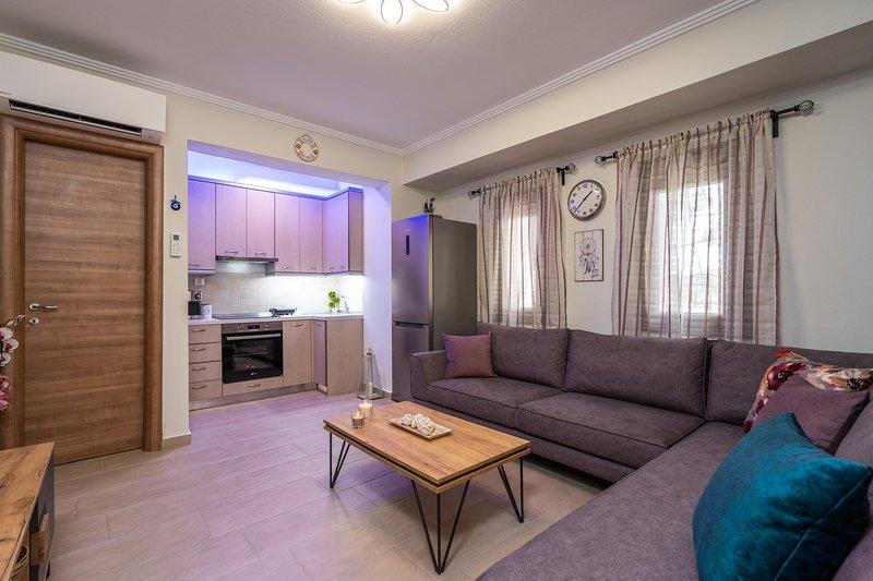 Siviri Holiday Home luxury & comfort !, holiday rental in Síviri