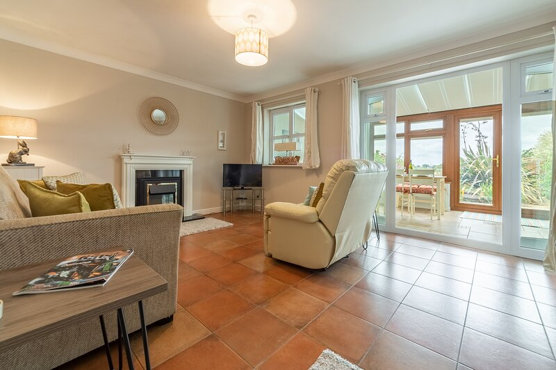 Bumbles, holiday rental in Roughton