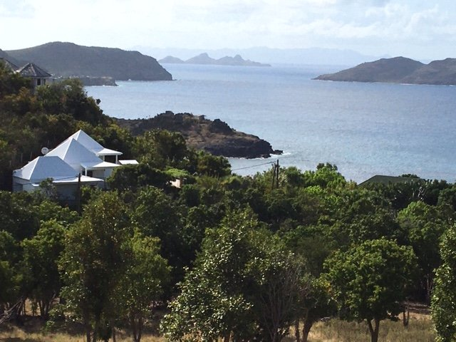VILLA MANGO,SEA VIEW ,PRIVATE ( FROM  MAR TO OCT 2020 RENTAL IN 1 BEDROOM ONLY ), alquiler vacacional en Anse de Lorient