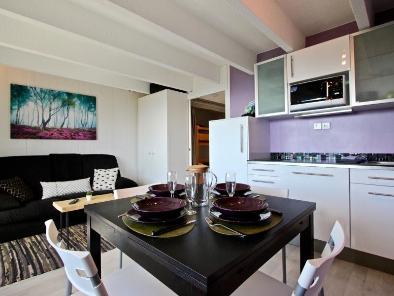 Joli studio cabine 3* équipé de Wi-Fi, alquiler de vacaciones en Saint-Martin-d'Uriage