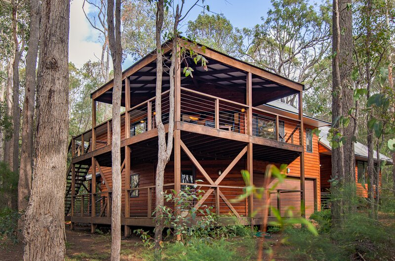 Calistoga Chalet - Luxury Chalet in the Trees, vacation rental in Margaret River Region