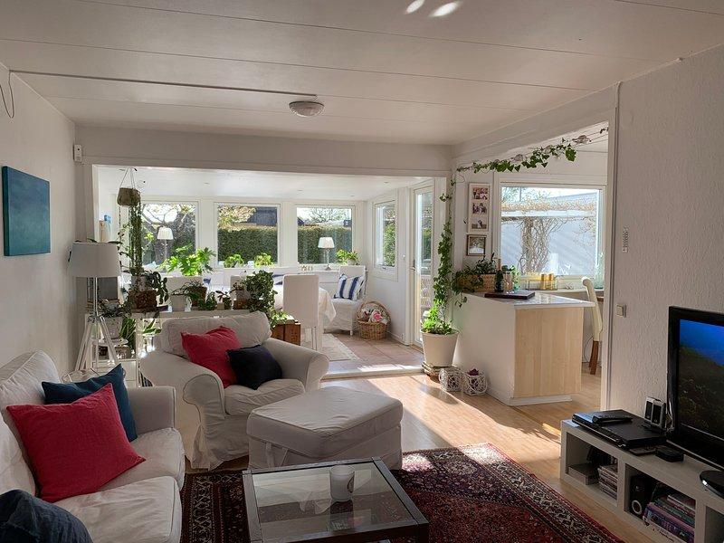Mysigt hus med 5 sovrum och wifi i Skummeslövsstrand, vacation rental in Halland County