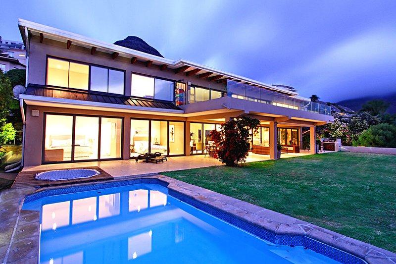 Sunset Villa in Llandudno, vacation rental in Llandudno