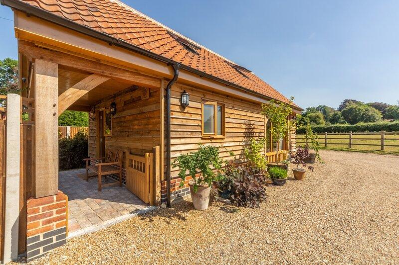 Tudor Rose, holiday rental in Banningham