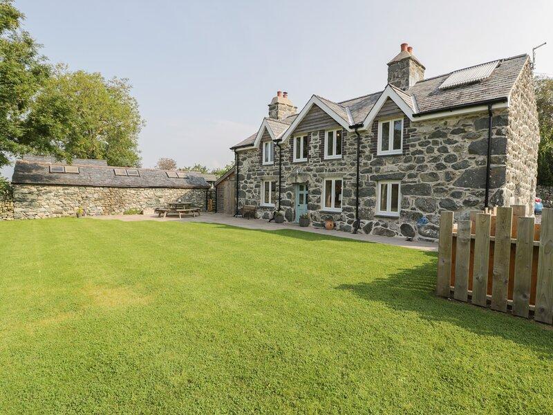 Tyn Ffynnon, Dyffryn Ardudwy, holiday rental in Talybont