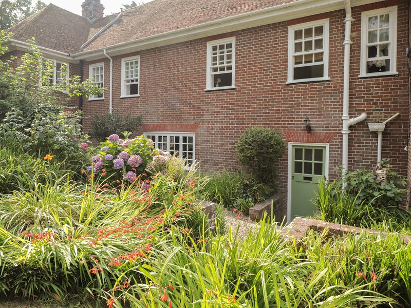 Woodlands By The Sea Cottage, Sholden, vacation rental in Great Mongeham
