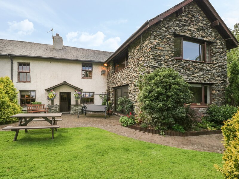 1 Cherry Tree Cottage, Millom, Cumbria, vacation rental in Bootle