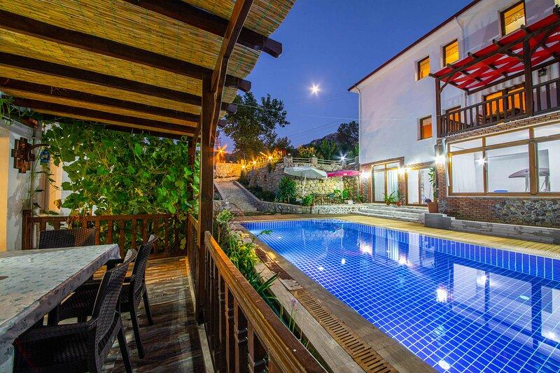 Villa Jasmin Selimiye Daily Weekly Rentals, holiday rental in Sogut