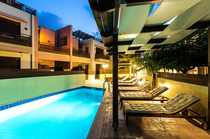 Loutra One bedroom apartment-shared pool, holiday rental in Mesi