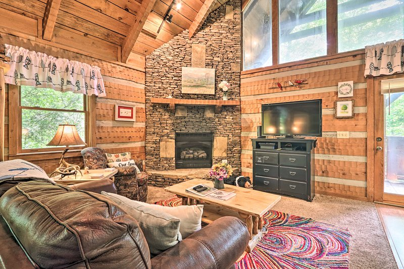 This vacation rental cabin is located at Timberwinds Resort.