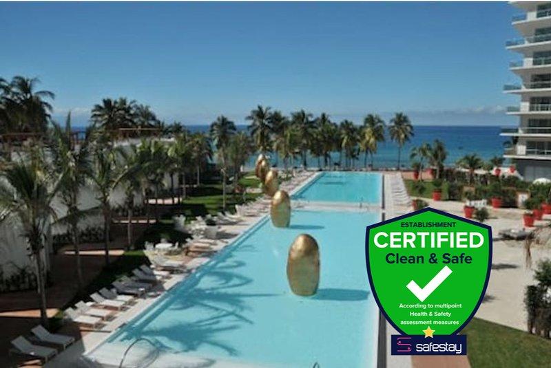 Luxury Complex Apartment, right at the Beach!!  ICON VALLARTA, vacation rental in Puerto Vallarta