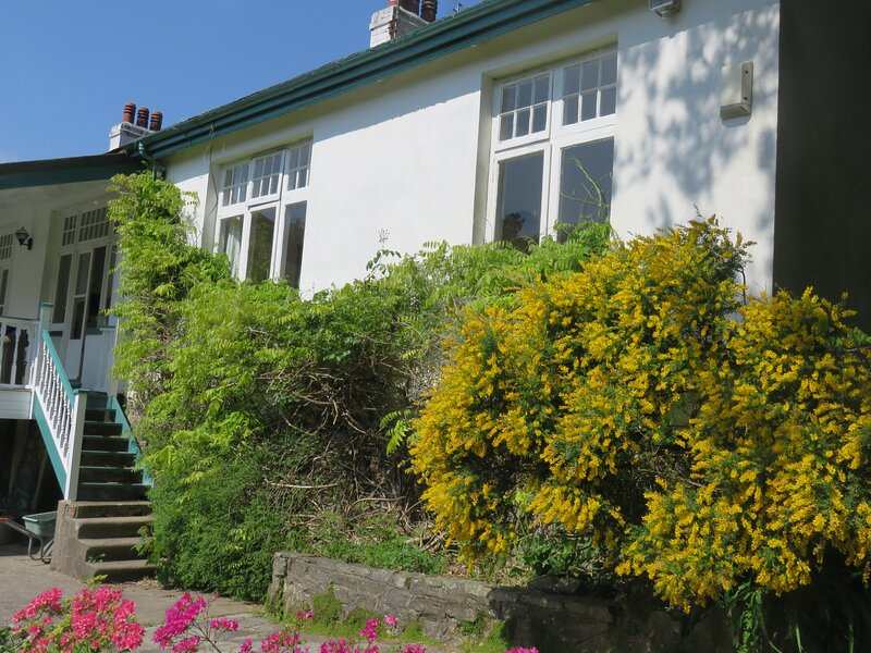 Brynymor above the beautiful Langland Bay, vacation rental in Swansea