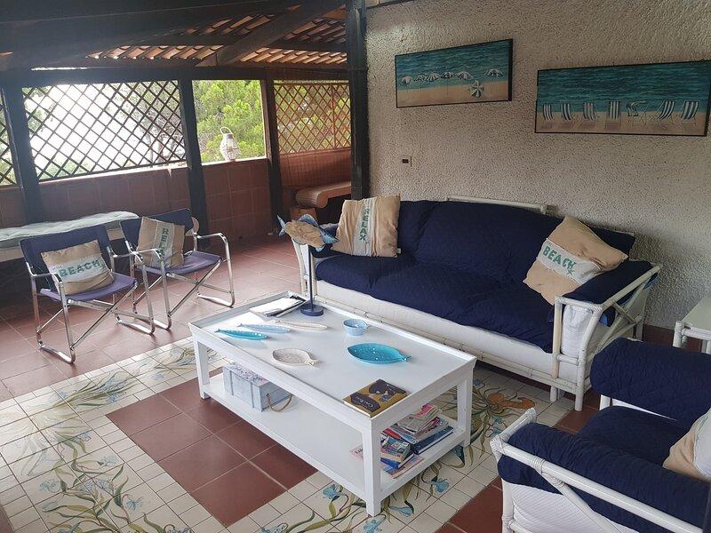 Villa Garrafbres vicino il mare, vakantiewoning in Sangineto