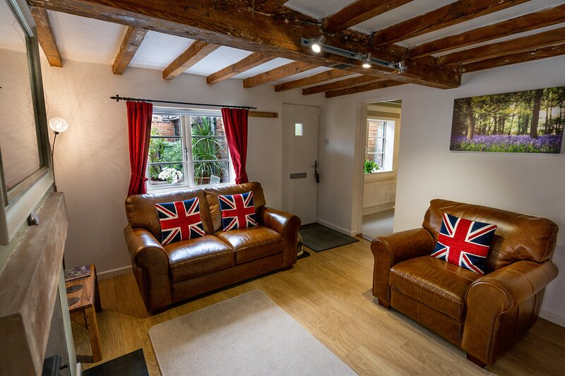 Holiday Cottage Detached Newly Renovated Sleeps 4 Immaculate Throughout, holiday rental in Newark-on-Trent