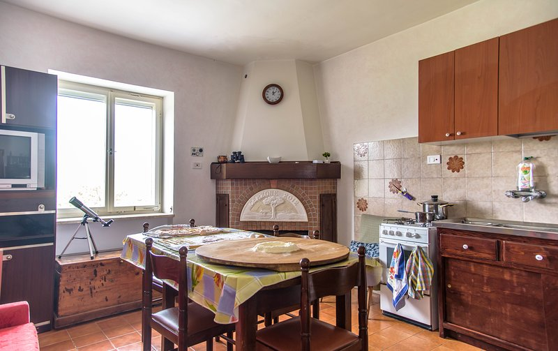 Beautiful house with mountain view, vacation rental in Magliano Vetere
