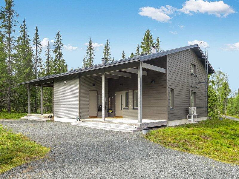Villa vuosseli a 1, holiday rental in Kivipera