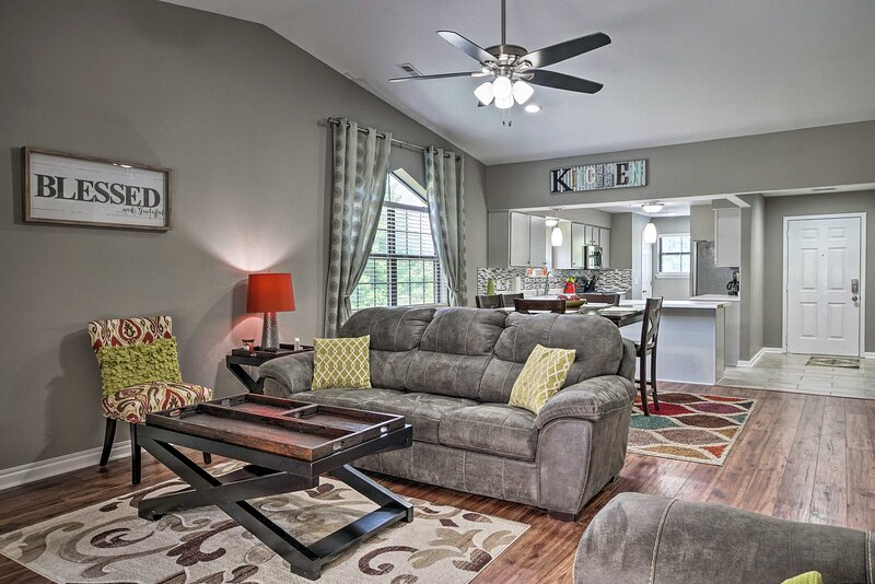 NEW! Central Resort Condo, 1 Mi to Branson Strip!, vacation rental in Point Lookout