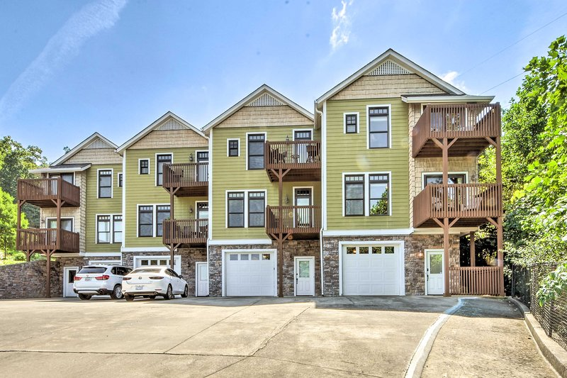 Your next trip to Hiawassee begins at this upscale townhome!