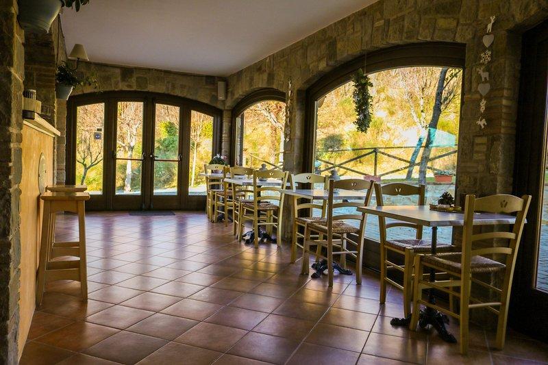 Country House - L'Incanto dei Sibillini, holiday rental in Valle E Castello