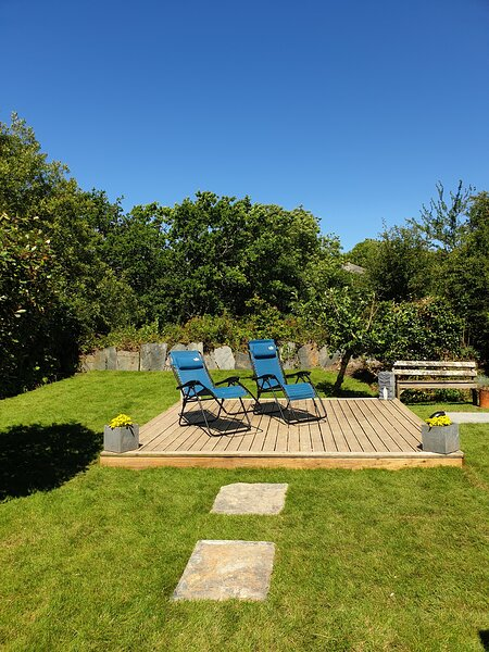 Relax in the Cornish sunshine.