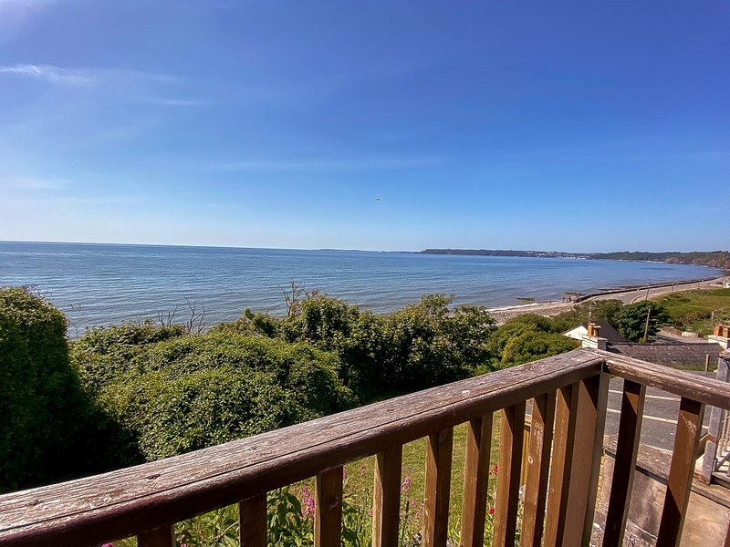 12 Waters Edge Chalet, Amroth, holiday rental in Amroth