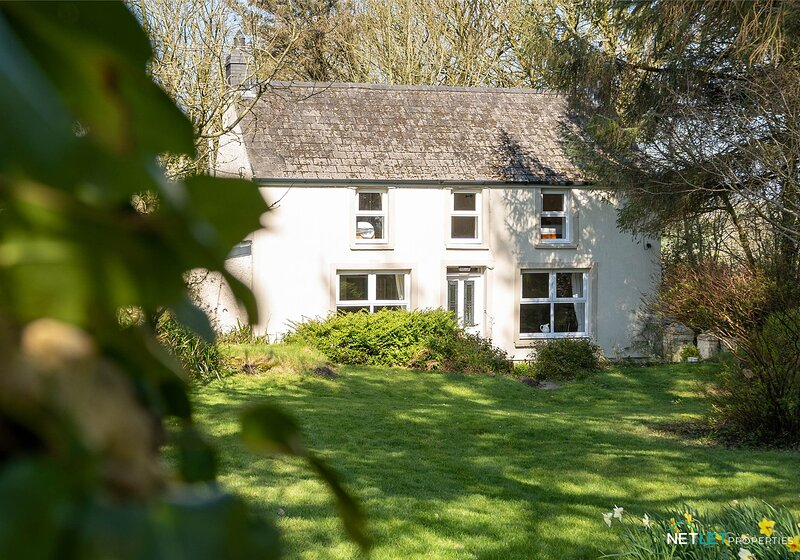 Stone Hall Mill Cottage, Welsh Hook, holiday rental in Letterston