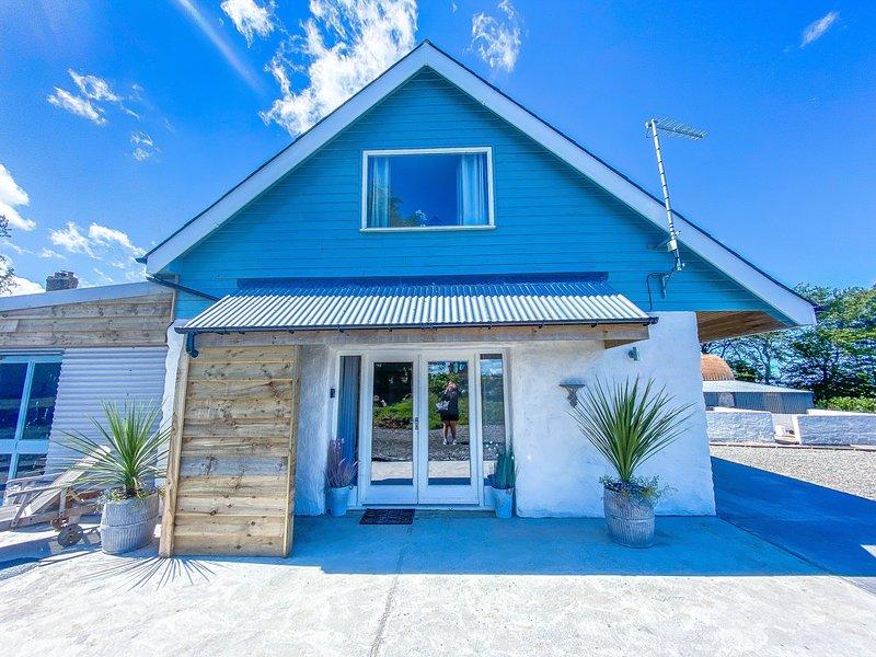 Y Beudy - New Quay - Ceredigion, vacation rental in Llandysul