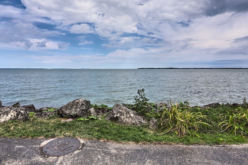 The home is an easy walk to Lake Erie