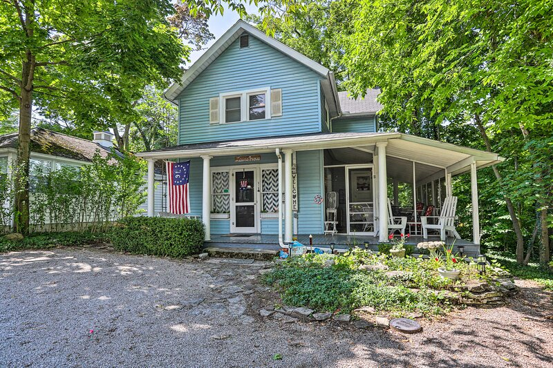 Spacious Lakeside Cottage - 2 Miles to Marblehead!, holiday rental in Marblehead