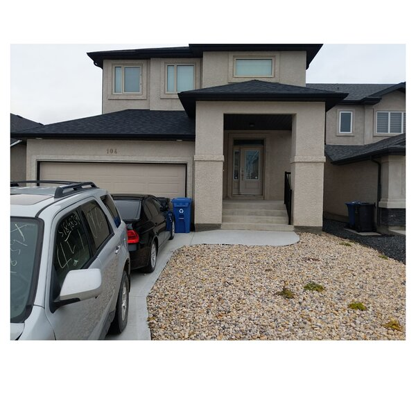 Best place to stay and enjoy your money with private entrance, alquiler de vacaciones en Winnipeg