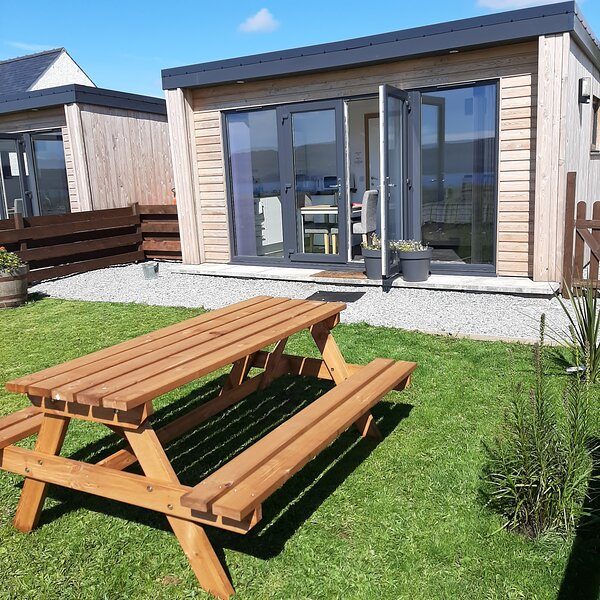 Lampay Chalet 2 Self Catering, holiday rental in Colbost