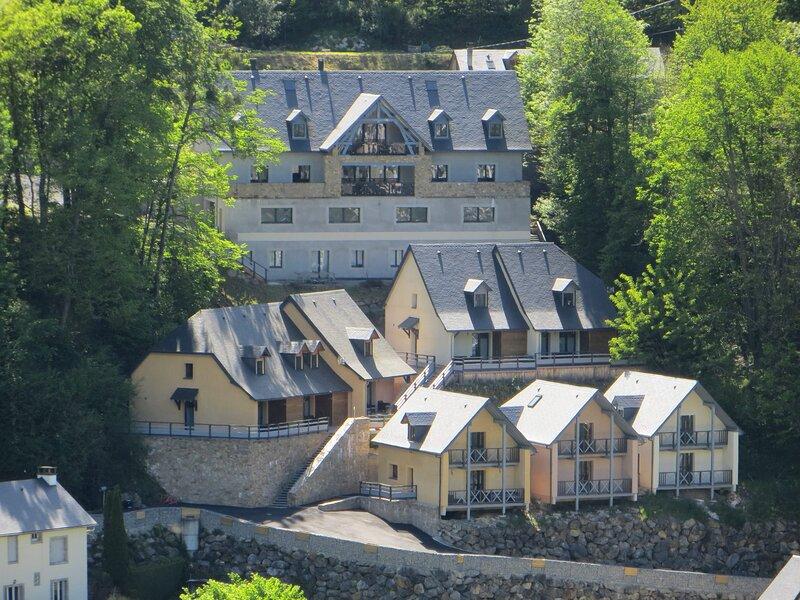 domaine du sauveur 4 vue exceptionnelle, location de vacances à Hautes-Pyrenees