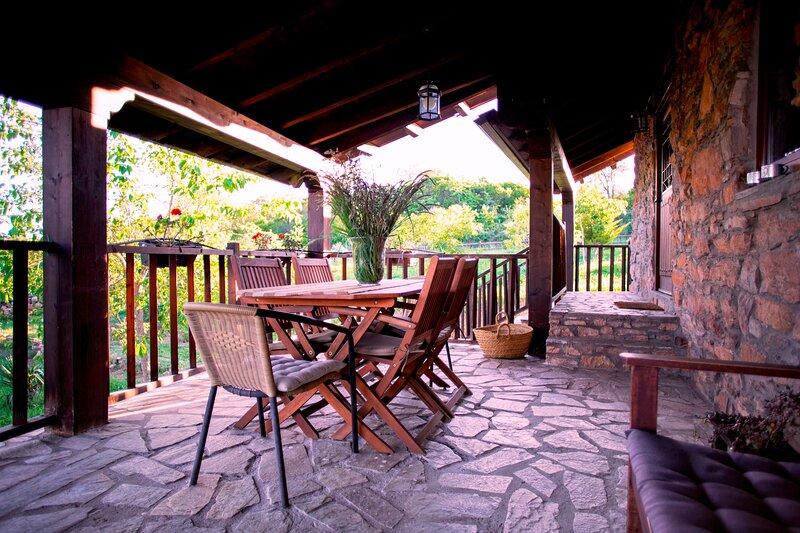 Ruralmédulas 3 zona de Las Medulas, casa rural, holiday rental in Camponaraya