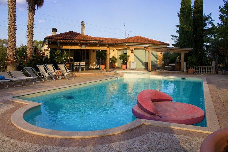 Villa Paradiso, Ferienwohnung in Castel Romano