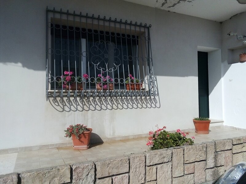 Casa in campagna, holiday rental in San Giovanni Suergiu