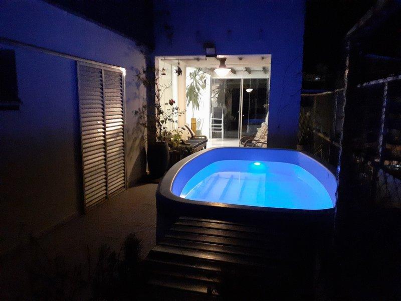 Cobertura Penthouse - 4 suites - Guarujá - Enseada - 12 pessoas, aluguéis de temporada em Guarujá