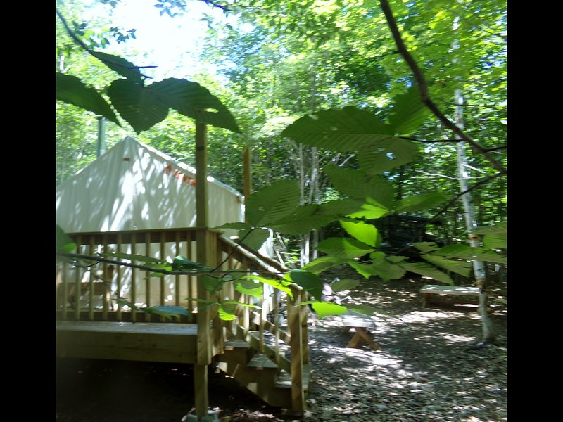 Tentrr Signature Site - Private Retreat at River's Edge, holiday rental in North Turner