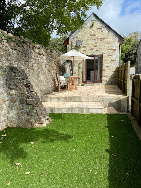 Detached cottage in central location for all the Cornish attractions and more., holiday rental in St Austell