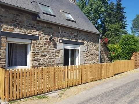 Gîte Ker Louisa entre Saint-Malo et le Mont Saint-Michel, vacation rental in Sains