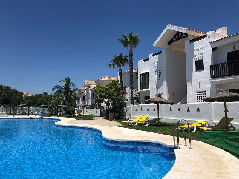 Alcaidesa Luxury Golf and Beach Resort Apartment, casa vacanza a Castellar de la Frontera
