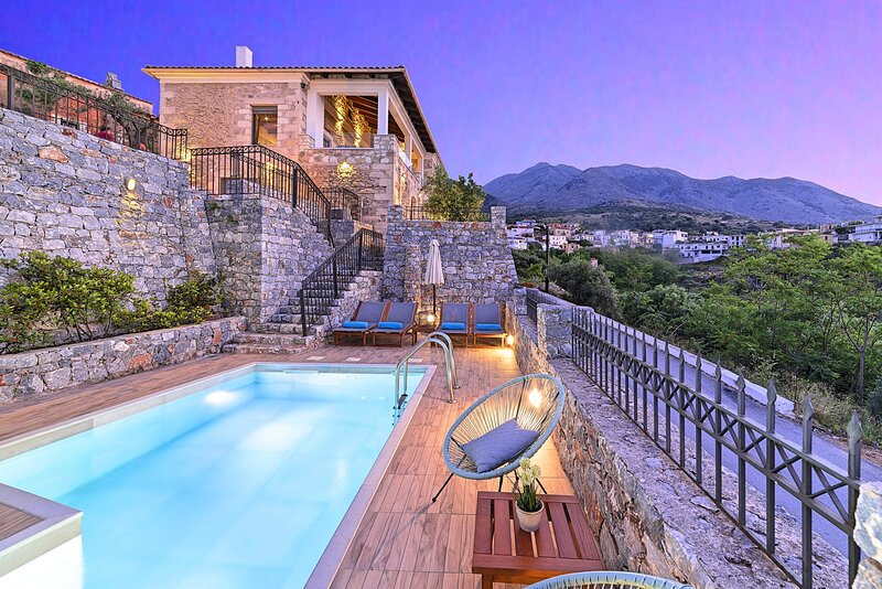 Acrothea Villa Private Pool, holiday rental in Kastellos